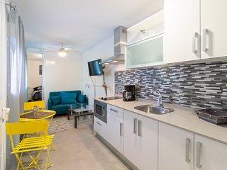 Playa de Arinaga Suites - Apartment 22 with Pool