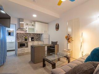 Playa de Arinaga Suites - Apartment 11 with Pool