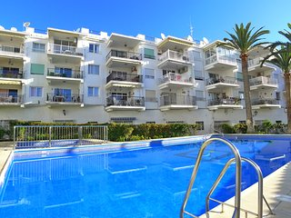 Coronado 33 - Town centre Holiday Apartment - R892