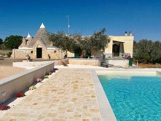 Villa con Trullo e Piscina Privata in Puglia a Ceglie Messapica, Salento (BR)