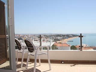 Fabulous townhouse - stunning sea views, large terraces, air con and wifi