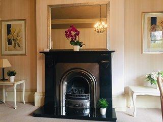 Swan View - Beautiful 1 bedroom apartment Harrogate - prime location - sleeps 4