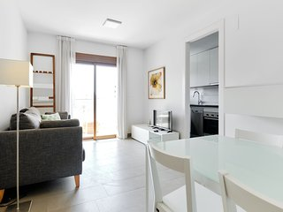 Orange Holiday Housing - Doña Clemen (2 bedr. apt in city heart Torrevieja)