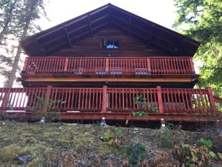 The Log Cabin House On Mara Lake in Sicamous BC