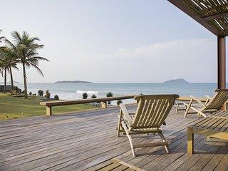 Linda casa com sete suítes, vista panorâmica da Praia BZ006