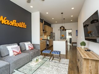 ECH 3 & 4 -  - Downtown Views & Tons of Outdoor Space! Sleeps 30!