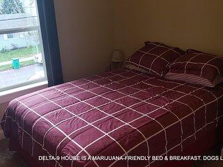 Delta-9 House - SATIVA Room