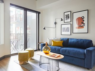 Sonder | Mill Ave | Beautiful 1BR + Sofa Bed