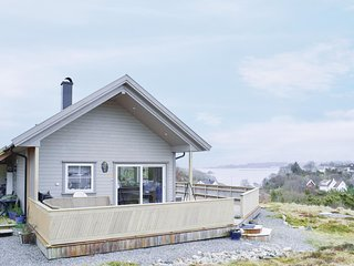 Nice home in Torangsvag w/ WiFi and 3 Bedrooms