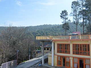LITTLE BIRDS KUNAL'S HOMESTAY LOCATED IN A SERENE VILLAGE AMONGST PINE TREES