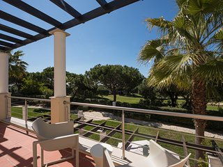 4 Bedroom Townhouse at the beautiful Vila Sol, Palmyra complex