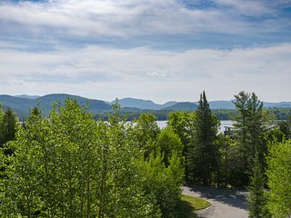 Brookhill 41 at Whiteface Club & Resort: 2 bedrooms, sleeps 6, stunning views!