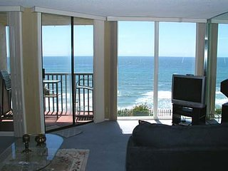 Breathtaking Bungalow 1 Bedroom Oceanfront Condo - DMST22