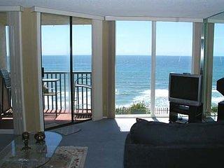 Breathtaking Bungalow 1 Bedroom Oceanfront Condo - DMST22