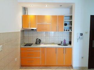 Budva Sea View Apartment, 150m to beach, no. 2