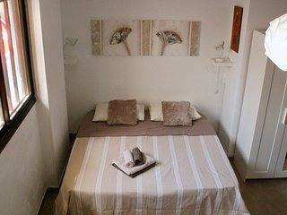ESTUDIO EL FARO by Coleus Apartments