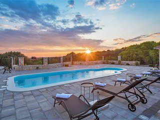 Completely new Villa with Large Private Yard with Pool and Sea View Rogoznica