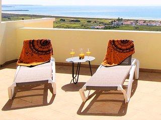 Huge luxury penthouse on Meia Praia beach with best views in Lagos