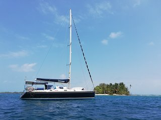 San Blas sailing experience yacht private or group