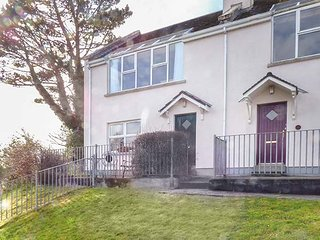 NUMBER 12, open plan living, beach walking distance, sea views, Ref 954117