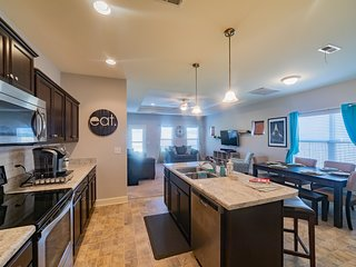 Your Home Away from Home! Huge Space with Everything you Need During your Visit!