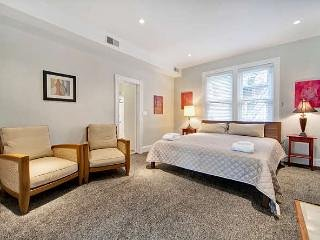 Dupont Circle, Embassy Suite On Embassy Row!