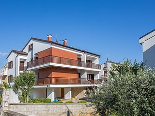 Building,House,Vegetation,Outdoors,Cottage