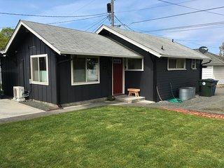 Bike Cottage, urban cottage for 1-2