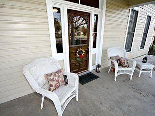 Chair,Furniture,Deck,Porch,Indoors