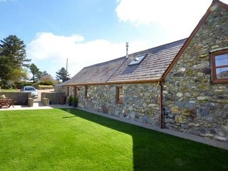 Llyn Holidays Cae Garw Barn, stunning views! Abersoch 15mns, Superfast broadband