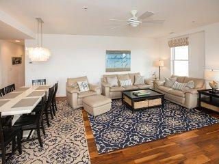 Furniture,Dining Room,Indoors,Room,Door