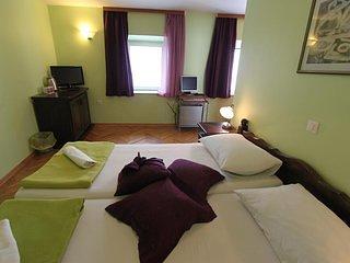 Binnenshuis, Room, Slaapkamer, Meubels, Bed