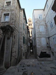 Gang, weg, Gebouw, Toren, Architectuur