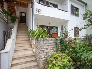 Staircase,Flagstone,Banister,Handrail,Arbour