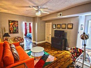 Flooring,Indoors,Living Room,Room,Furniture
