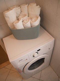 Indoors,Toilet,Bathroom,Room,Towel