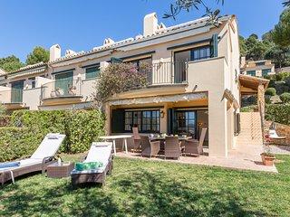 Llafranc Villa Sleeps 8 with Pool and WiFi - 5579170