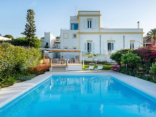 5 bedroom Villa with Pool, Air Con and WiFi - 5790755