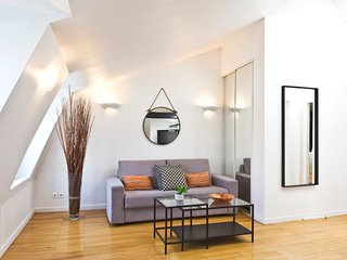 40sqm loft in Batignolles #11