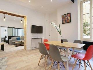 75m2 2-BDR / 3BR apartment - Higher Marais #4