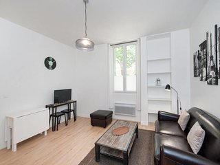 A Quiet 1-BDR in Bastille / Ile St-Louis #2