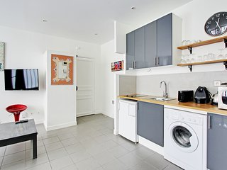 Great 45sqm 1-BDR in Oberkampf