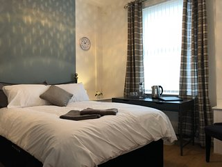 Thirlmere House (sleeps 14)