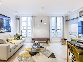 75sqm 2-BDR/2BR Saint Honore - Serviced Apartments