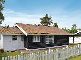 Amazing home in Køge w/ WiFi and 3 Bedrooms