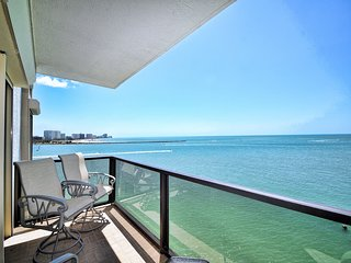 440 West  607N 6th Floor 440 West Condo with Stunning Water View.