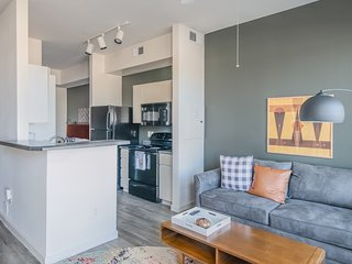 Luxury Studio Apt in Tempe #1027 by WanderJaunt