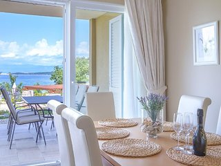 Two-Bedroom Apartment with Sea View #2 Villa Luce