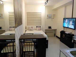 AC 1 Bedroom + 1 Bath Condo - ********