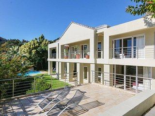 Exquisite Property Ideal for Large Groups or Families